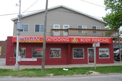 wildside tattoo and body piercing 413 1st ave sw cedar rapids